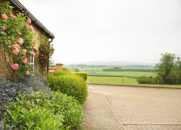Thumbnail 2 bed barn conversion to rent in Howell Hill Close, Mentmore, Leighton Buzzard