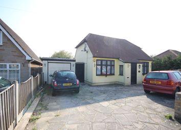 Thumbnail Studio to rent in Harrow Crescent, Romford