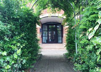 Thumbnail 3 bed flat to rent in New Bright Street, Reading