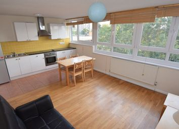 Thumbnail 1 bed flat to rent in Battersea Bridge Road, Battersea, London