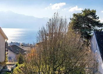 Thumbnail 2 bed apartment for sale in Pully, Switzerland