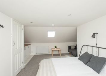 6 bed shared accommodation to rent in Laleham Road, London SE6