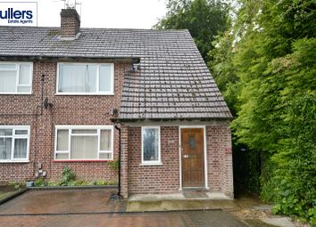 Thumbnail 2 bed maisonette to rent in Cockfosters Road, Barnet