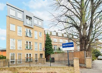 Thumbnail 1 bed flat to rent in Stoke Newington Church Street, London