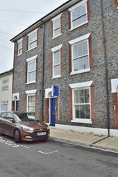 Thumbnail Room to rent in Victoria Street, Gosport
