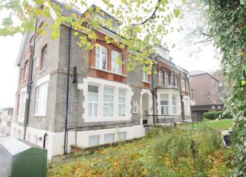 Thumbnail 3 bed flat to rent in Mountview Road, Finsbury Park
