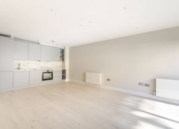 Thumbnail 1 bed flat to rent in Gayford Road, Wendell Park