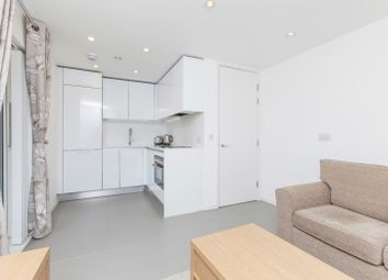 Thumbnail 1 bed flat to rent in Pear Tree Street, Aldersgate, London, Greater London