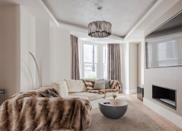 Thumbnail Serviced town_house to rent in Warwick House Street, London
