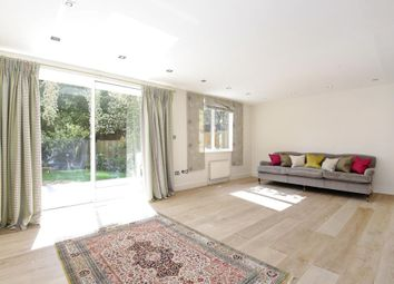 Thumbnail Flat for sale in Regent Court, St Johns Wood NW8,