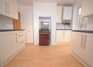 2 bed terraced house to rent in Sherman Road, Reading RG1