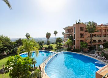 Thumbnail 2 bed apartment for sale in Spain, Andalucia, Nueva Andalucia, Ww1082