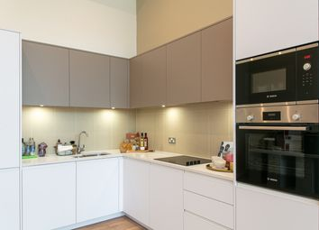 Thumbnail 3 bedroom flat for sale in Evelyn Street, London