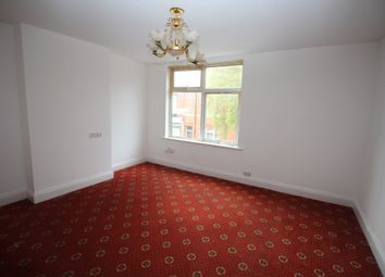 Thumbnail 3 bed flat to rent in Dashwood Road, Leicester