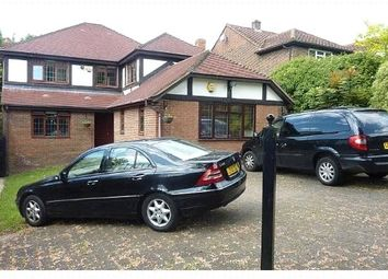 Thumbnail 5 bedroom detached house to rent in Barnet Gate Lane, Arkley, Hertfordshire