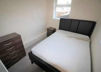 Thumbnail 1 bedroom terraced house to rent in En-Suite Room To Rent, Fully Furnished, Ll Bills Included