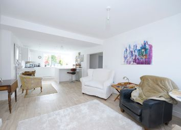 Thumbnail 2 bed flat to rent in Spencer Street, Chesterfield