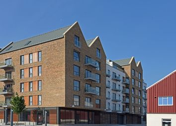Thumbnail 2 bedroom flat for sale in Gaol Ferry Steps, Bristol