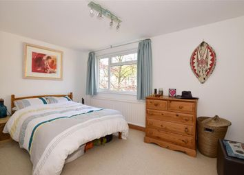 Thumbnail 2 bed flat for sale in Tudor Court, Tunbridge Wells, Kent
