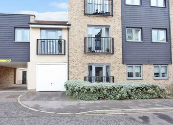 Thumbnail 2 bedroom flat for sale in Gladeside, Cambridge