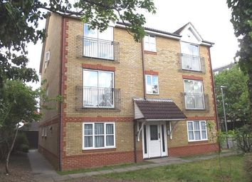 Thumbnail 2 bed flat to rent in Dairyglenn House, Crossbrook Street, Cheshunt