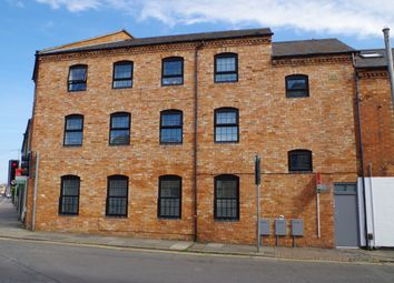 Thumbnail 2 bed flat to rent in 2 Overstone Road, Northampton