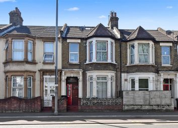 Lea Bridge Road, Leyton, London E10. 4 bed flat