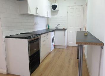Thumbnail Studio to rent in Bath Road, Cippenham, Slough