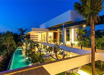 Thumbnail 6 bed villa for sale in Multi Level Villa, Perernen, Bali, Indonesia