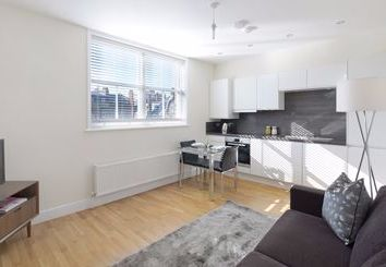 Thumbnail 2 bed flat to rent in Ravenscourt Park, Acton