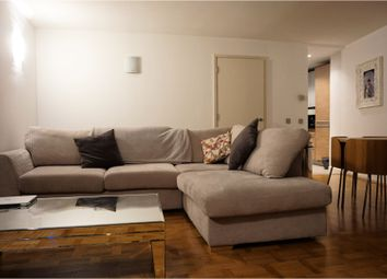 Thumbnail 1 bed flat to rent in Canary Wharf, London