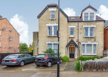 Thumbnail 3 bed flat to rent in Oakdale Road, London