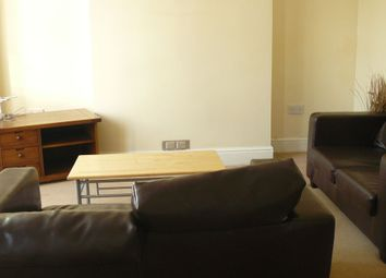 Thumbnail 3 bed flat to rent in Whitchurch Rd, Cardiff