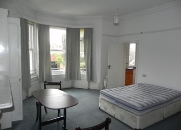Thumbnail Studio to rent in Waterden Road, Guildford