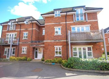 Thumbnail 2 bedroom flat for sale in Bramshott Place, Fleet