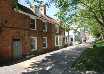 High Street, Tenterden TN30. 1 bed flat