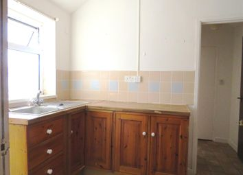 Thumbnail 1 bed flat to rent in Glanmor Road, Llanelli