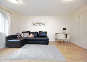 Thumbnail 1 bed property to rent in Alwyn Gardens, London