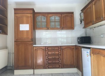 5 bed detached house to rent in Brynmill Avenue, Brynmill, Swansea SA2