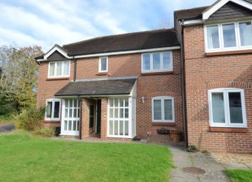 Thumbnail 1 bedroom flat for sale in Oakwood Close, Midhurst