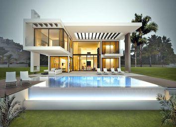Thumbnail 6 bed villa for sale in La Quinta, Benahavis, Malaga