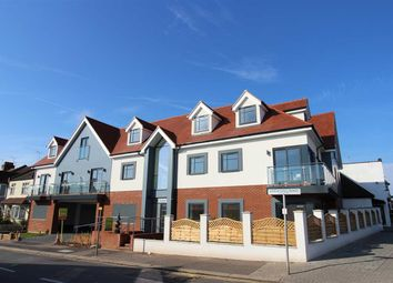 Thumbnail 3 bedroom flat to rent in London Road, Leigh-On-Sea