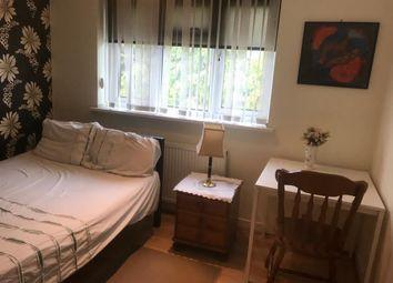 Room to rent in Craydene Road, Erith DA8