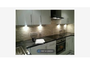 Thumbnail 3 bed flat to rent in Merlin Close, Croydon