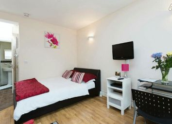 Thumbnail 1 bed flat to rent in Bath Road, Hounslow