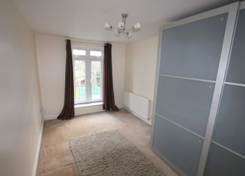Thumbnail 2 bed maisonette to rent in Coppetts Road, London