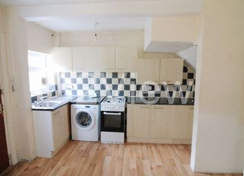 Thumbnail 3 bed property to rent in Park View Grove, Leeds, West Yorkshire