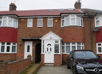 4 bed terraced house to rent in Carfax Road, Hayes UB3
