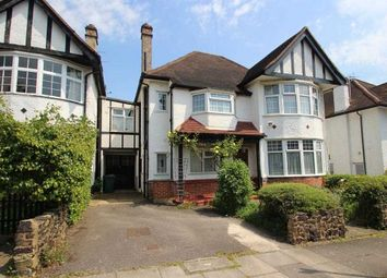 5 bed property for sale in Lawrence Court, London NW7
