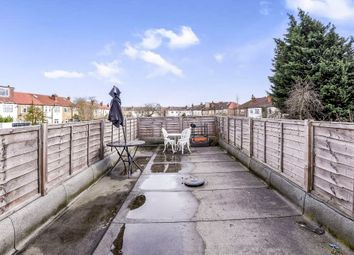 Thumbnail 2 bed flat for sale in Streatham Vale, London